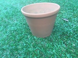 Terracotta Pot - Large Redlynch Cairns City Preview