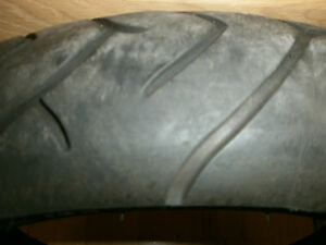 METZELER  SPORTEC M-1  120/60 ZR17  M/C (55W)  Profil Stärke Mitte 2,9 mm