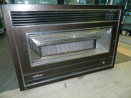 Pyrox 425 gas heater for sale in mount gambier, south australia.