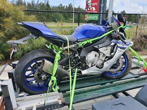 Wrecking 2016 Yamaha R1