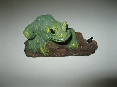 Vintage Stone Critters Made In USA Frog Tree SC-504
