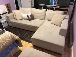 Sectional Sofa with Cushions