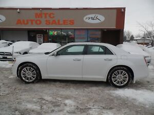 2014 Chrysler 300C Luxury Series AWD
