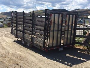 Livestock and vehicle trailer