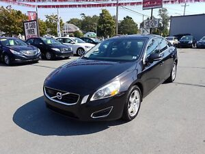 2013 Volvo S60 T5 Premier Plus AWD Loads of Tech Leather LOADED