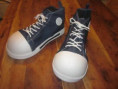 - Clown Schuhe