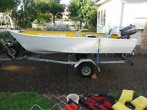 Tinnie 11.5ft 5hp motor and trailer. Sutherland Sutherland Area Preview