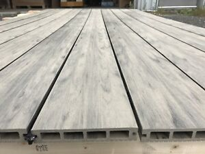 Plancher patio composite