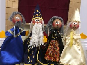 PUPPETS AND PUPPET THEATRE - IDEAL CHRISTMAS GIFT!!!
