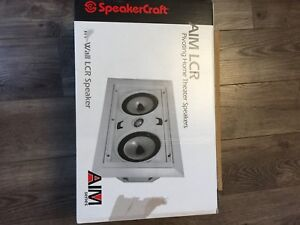 Speakercraft in wall LCR