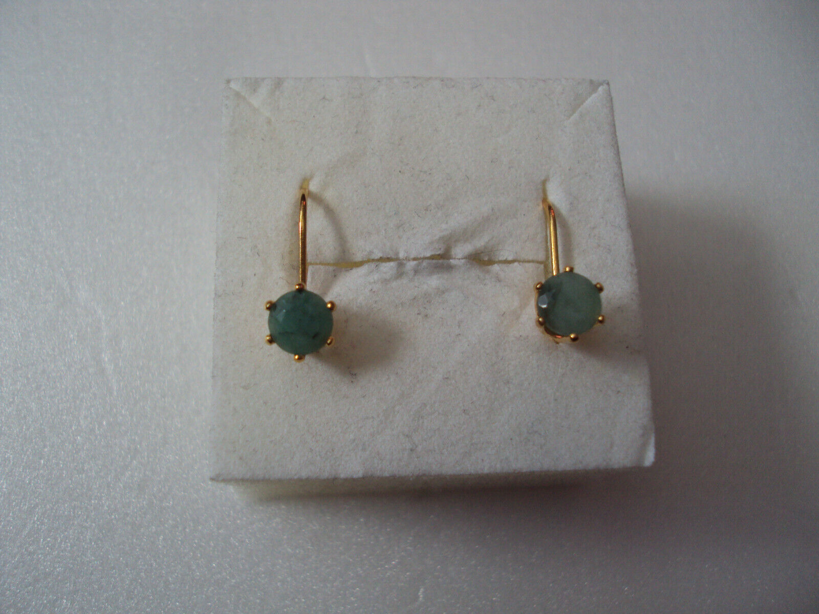 Emerald quartz 6mm yellow gold plated earrings DAD363