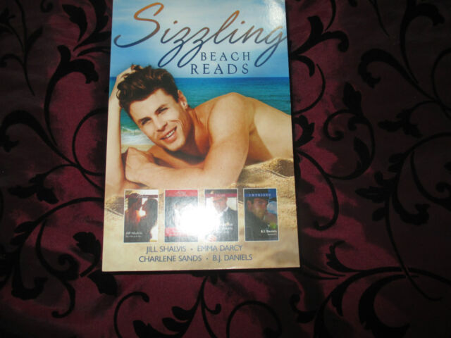 MILLS & BOON SIZZLING BEACH READS 4 IN 1 LIKE NEW 2016