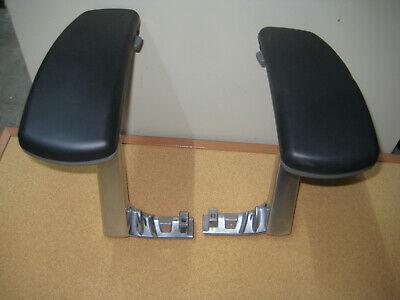 Knoll Life Adjustable Chair Arms Lr