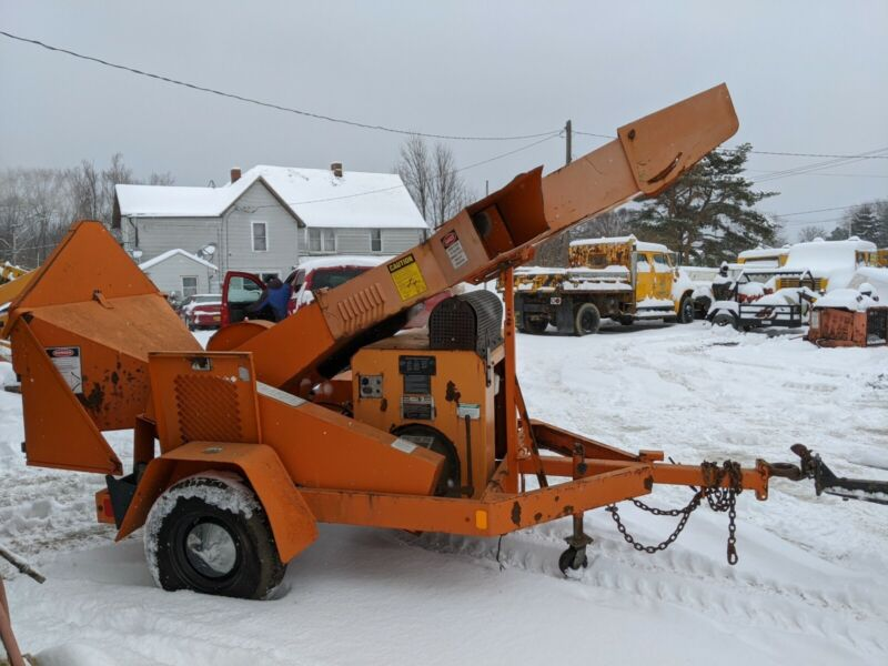 Ford industrial Chipper 1260 hours