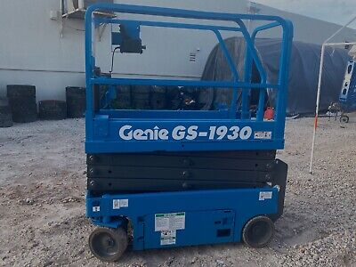 2011 Genie Gs1930 19 Electric Scissor Lift Man
