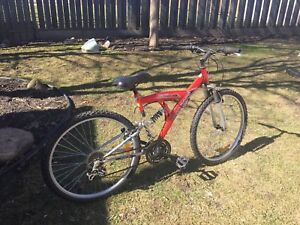 Red Velomont Mountain Bike
