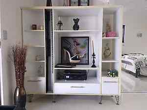 TV/Display  unit Bayview Darwin City Preview