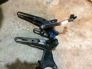 Suzuki LT230 Atv foot pegs