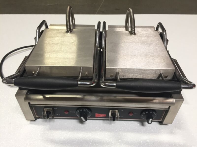 Cecilware SG2LF  Panini / Sandwich Grill Double flat surface
