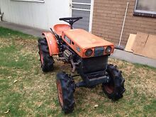 Kubota tractor 4WD 13hp with rotary hoe Sunshine Brimbank Area Preview
