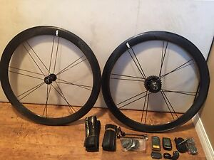 Carbon HED wheel set with power tap hub