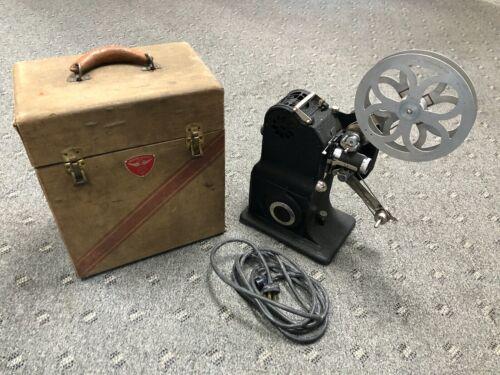 VTG ANTIQUE STEWART WARNER 537-A 16MM SILENT MOVIE PROJECTOR W/ CASE