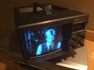 Bentley Portable 5 inch black/white TV with box + RF Modulator London Ontario image 1