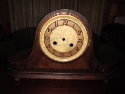 Mantle Clock Hoppers Crossing Wyndham Area Preview