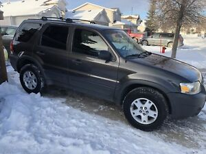 2007 FORD ESCAPE FULLY LOADED FRESH SAFETY CLEAN TITLE $4,999***