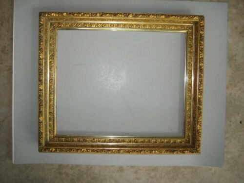BEAUTIFUL ANTIQUE GOLD GILT PICTURE FRAME 14 x 17 INCHES F4