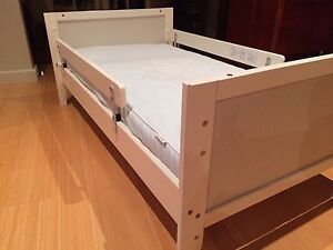 Baby's Cot/Bed Aldgate Adelaide Hills Preview