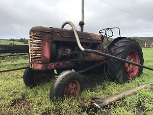 Inter tractor A W D 6 Irrewarra Colac-Otway Area Preview