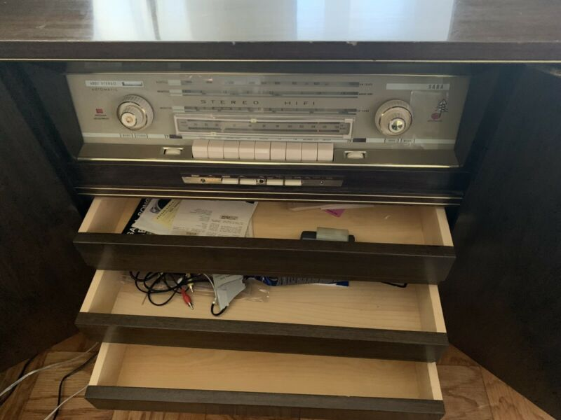 VINTAGE SABA-4000 AUTOMATIC STEREO /11 SONORAMA MADE IN GERMANY