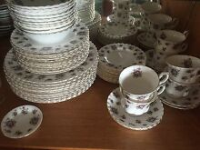 10 Place, Royal Albert sweet violets dinner set Windella Maitland Area Preview