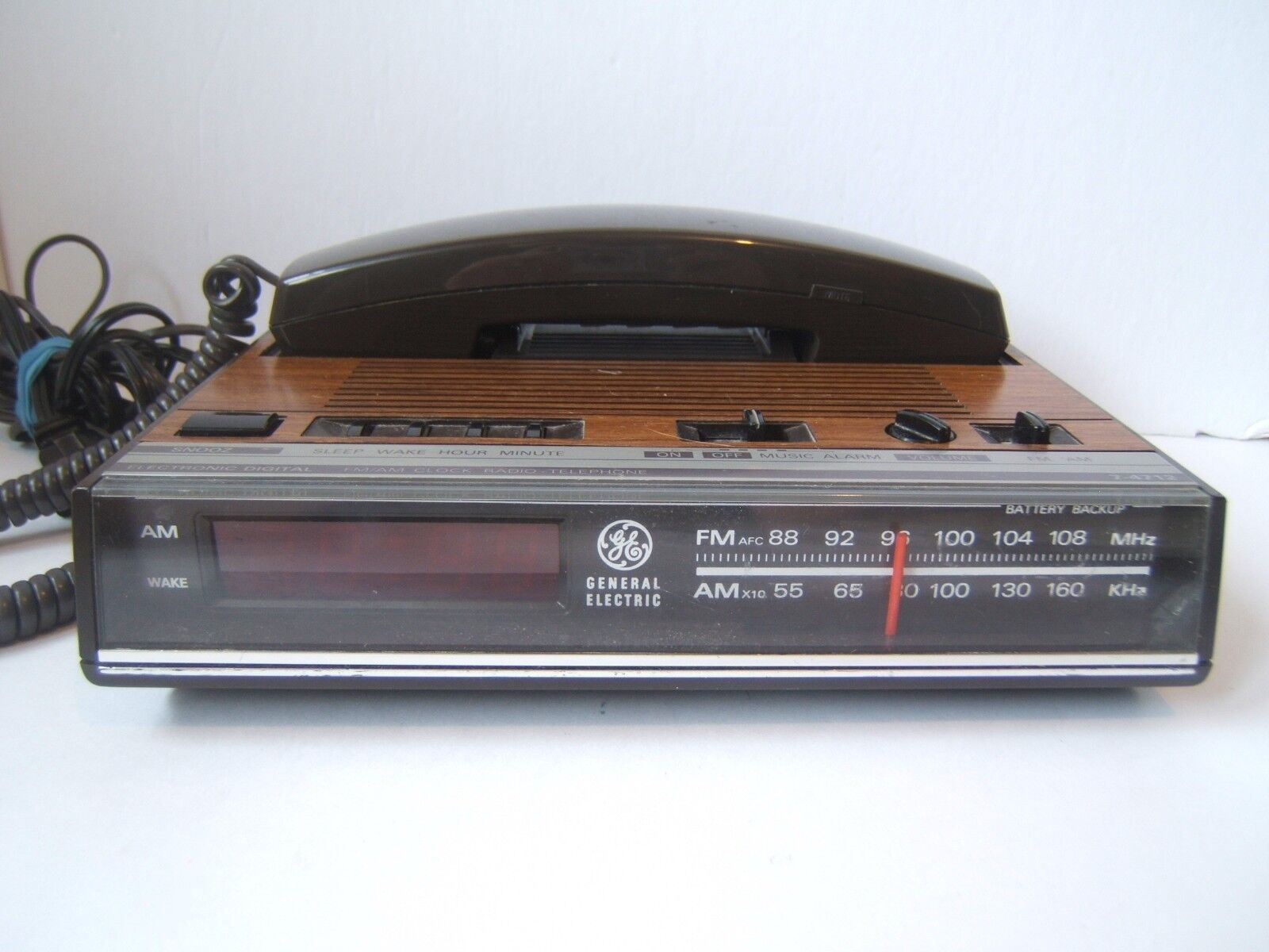 Vintage General Electric Clock Radio Telephone Woodgrain Finish Tested Works