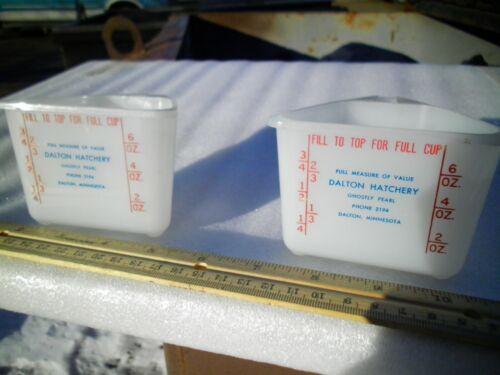 Vintage 1950s Dalton Minnesota Hatchery Measuring Cup Giveaway Advertising