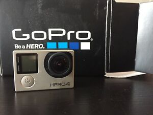 Go Pro HERO4 Silver edition with selfie stick, case + SD 32gb
