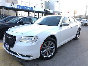 2018 Chrysler 300 Limited, NAVI, AWD, PANORAMIC ROOF,  LOW MILEA
