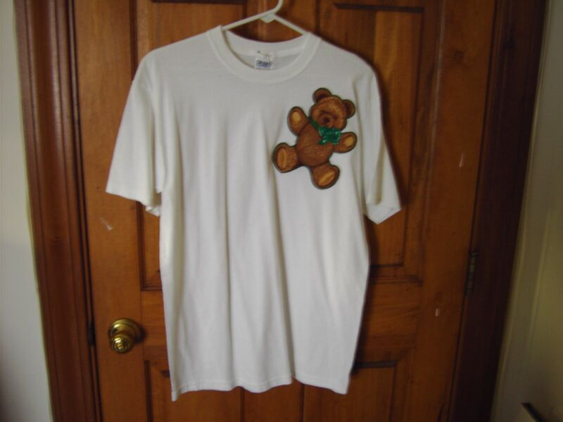 T-shirt for St. Patrick;s Day - Teddy Bear and Green Bow - Size M - 100%  cotton