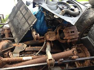 2004 jeep Cherokee complete drive train