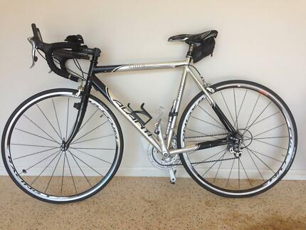 Brand New FULCRUM RACING 7 wheels & Avanti Kona Pro Series bike Manly Brisbane South East Preview
