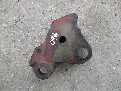 International 460 Rowcrop Tractor Fasthitch Bottom Cylinder Mount Bracket