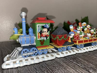 Danbury Mint Disney Mickey's Christmas Train Christmas Holiday 6 Pc Train Set