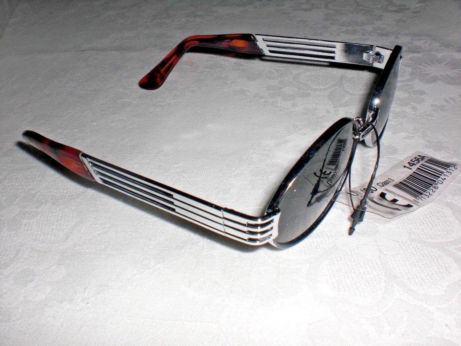 Sonnenbrille Silberfarbiger  Metallrahmen, breite Bügel, graue Gläser (dunkel)