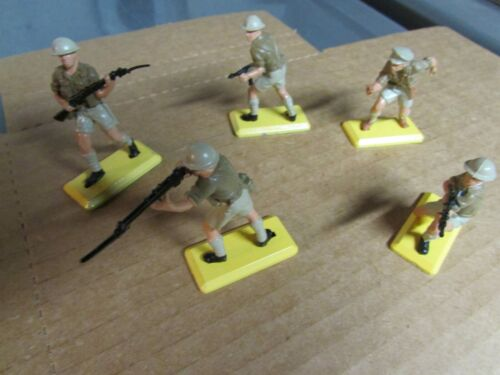 BRITAINS Deetail BRITISH 8th ARMY DESERT RATS figures
