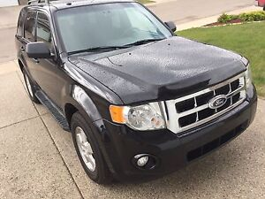 2011 Ford Escape AWD (LOW KILOS&ACCIDENT FREE!!!)