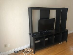 TV Stand / Entertainment Center
