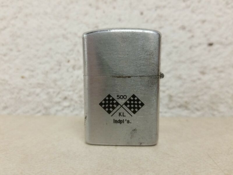 Vintage Wellington Jr. Indianapolis 500 Pocket Lighter, Checkered Flags Logo