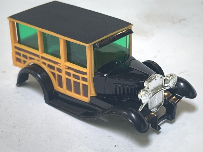 """MINT HO SLOT CAR """"body only"""" AFX #1746 Ford model A Woody AFX 4 gear chassis."""
