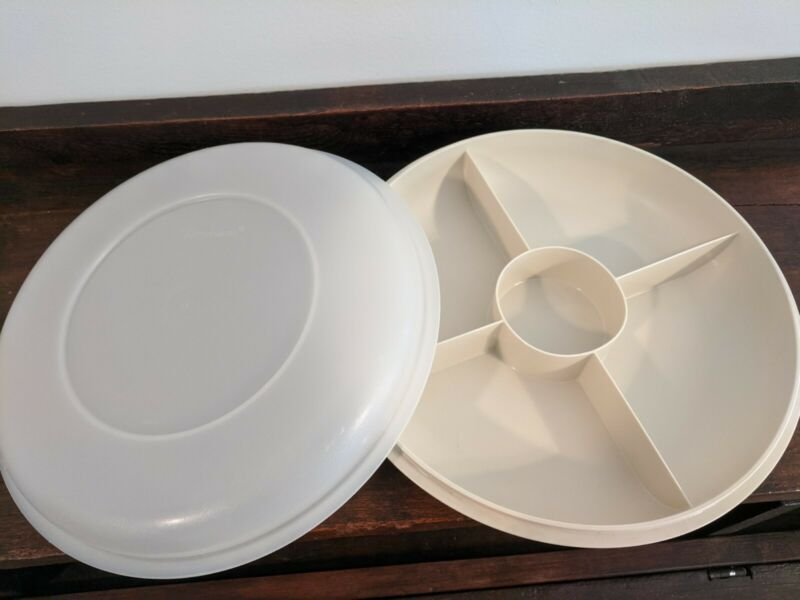 Vintage Tupperware Tray section vegetable fruit relish snack server keeper w lid